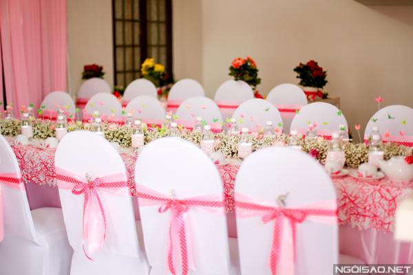 Địa chỉ may áo bọc ghế tiệc cưới đẹp
